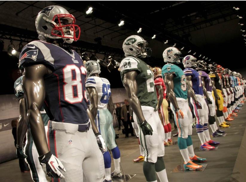 เหตุใดทีมในลีกกีฬาอเมริกัน ต้องใช้ชุดแข่งแบรนด์เดียวกันทั้งลีก